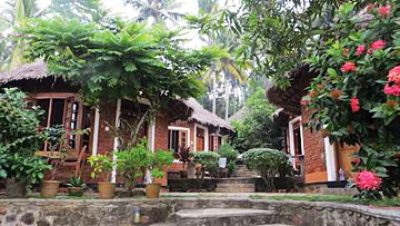 Diksha in Ayurvedic Keralean cottage retreat with Ananda Travels