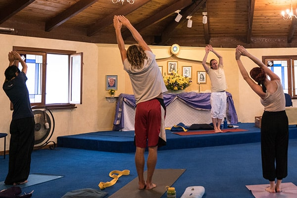 Karma Yoga spiritual interns during Sadhana